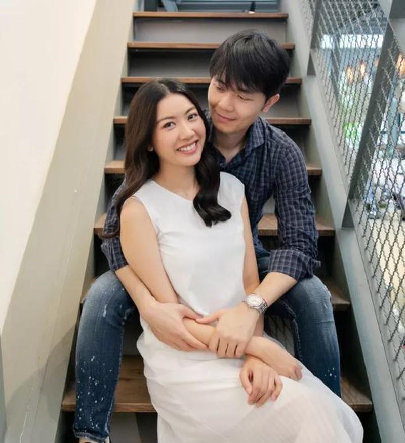 Á hậu Thúy Vân đăng ký kết hôn cùng doanh nhân Nhật Vũ - ảnh 1