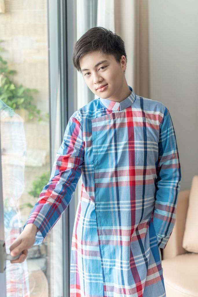 Ngắm cậu bé 15 tuổi nặng 90 kg giảm cân ngoạn mục sau 8 tháng  - ảnh 5