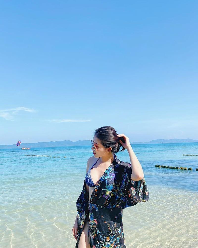 Á hậu Huyền My khoe dáng bikini gợi cảm, nóng bỏng - ảnh 7
