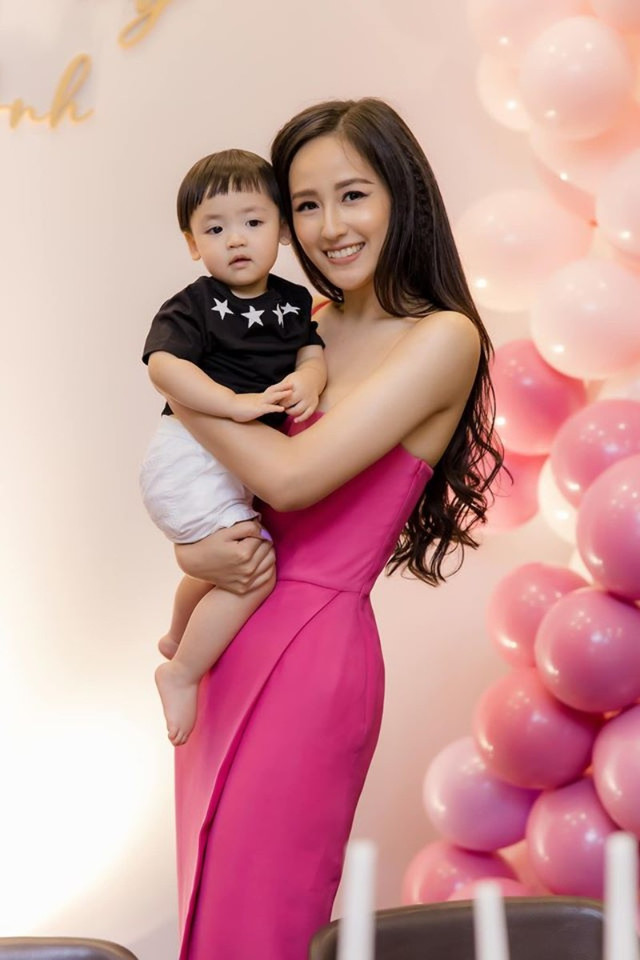 Mai Phương Thúy nổi bật nhất tại sinh nhật á hậu Tú Anh - ảnh 8