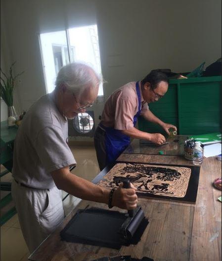 Thế giới nghệ thuật đồ họa qua tranh của họa sĩ Trần Văn Quân - ảnh 5