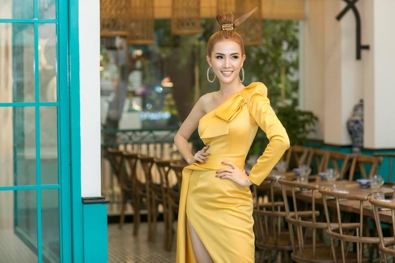 Mỹ nhân Việt khoe sắc vàng quyến rũ - ảnh 3