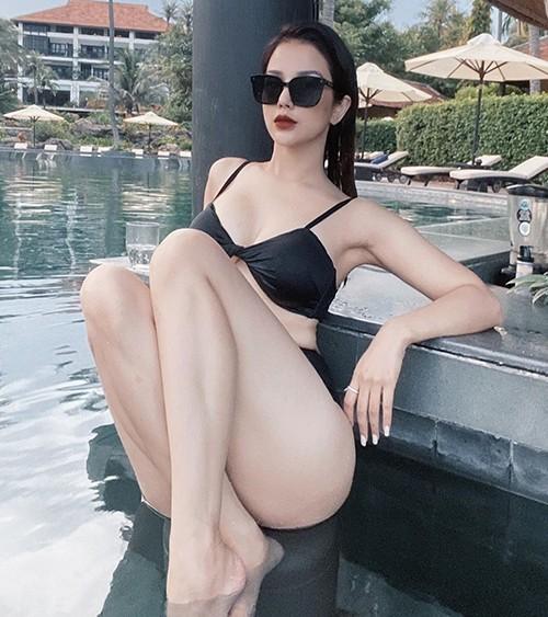 Phương Trinh Jolie giả nam, Jun Vũ và mỹ nhân Việt khoe dáng  - ảnh 15