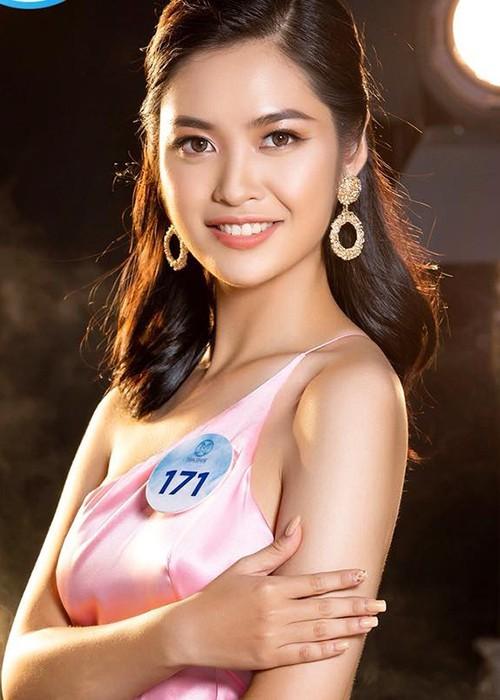 Ngắm Nông Thúy Hằng đạt giỏi Văn quốc gia thi Hoa hậu - ảnh 8