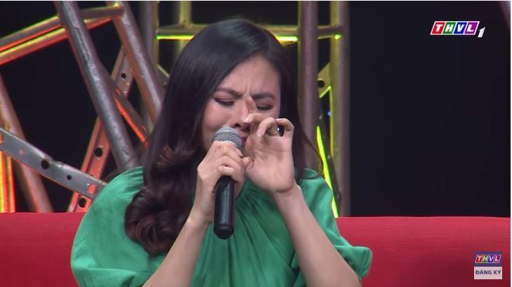 Vân Trang bật khóc sau 4 năm ngừng diễn chăm sóc con - ảnh 2