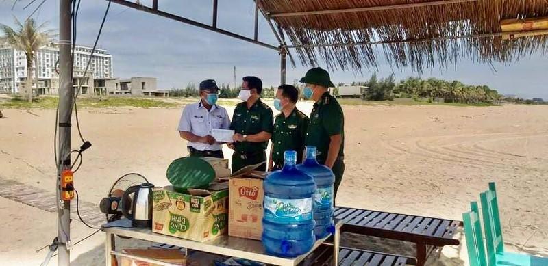 Cựu binh Trường Sa ở Đà Nẵng tặng quà cho 31 chốt phòng dịch - ảnh 3