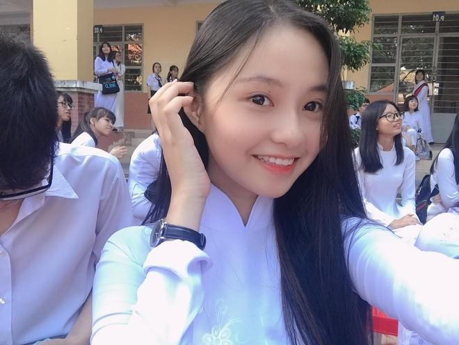 Ngắm Song Thư - nữ sinh Luật thi Hoa hậu Việt Nam 2020 - ảnh 1