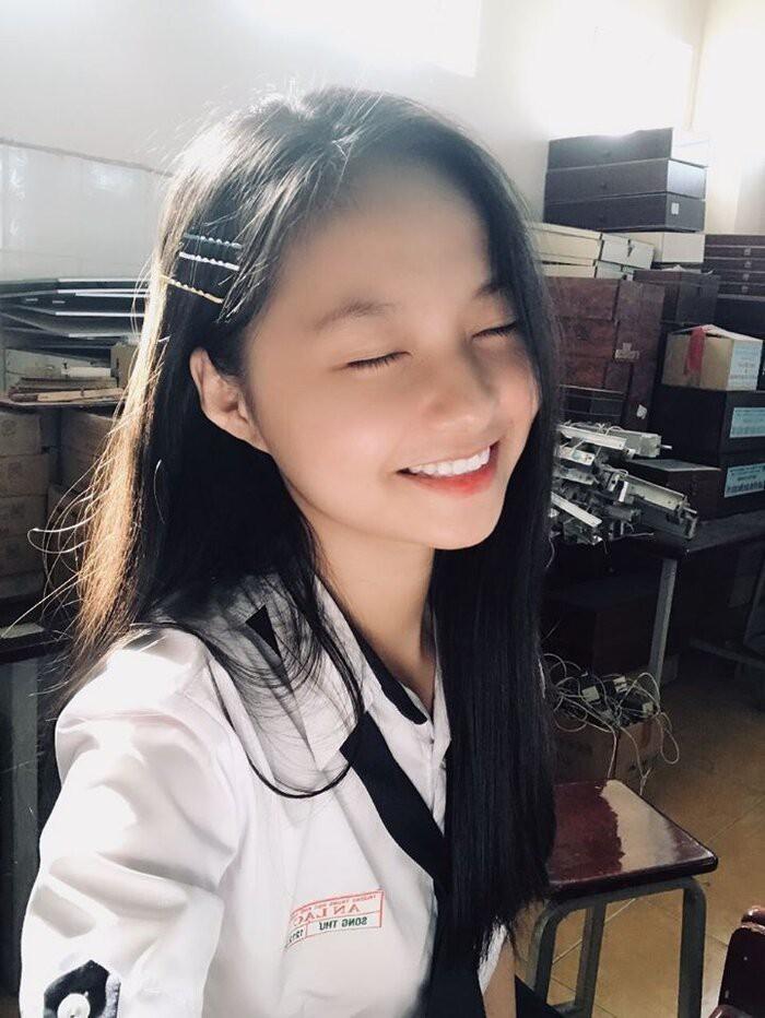 Ngắm Song Thư - nữ sinh Luật thi Hoa hậu Việt Nam 2020 - ảnh 2