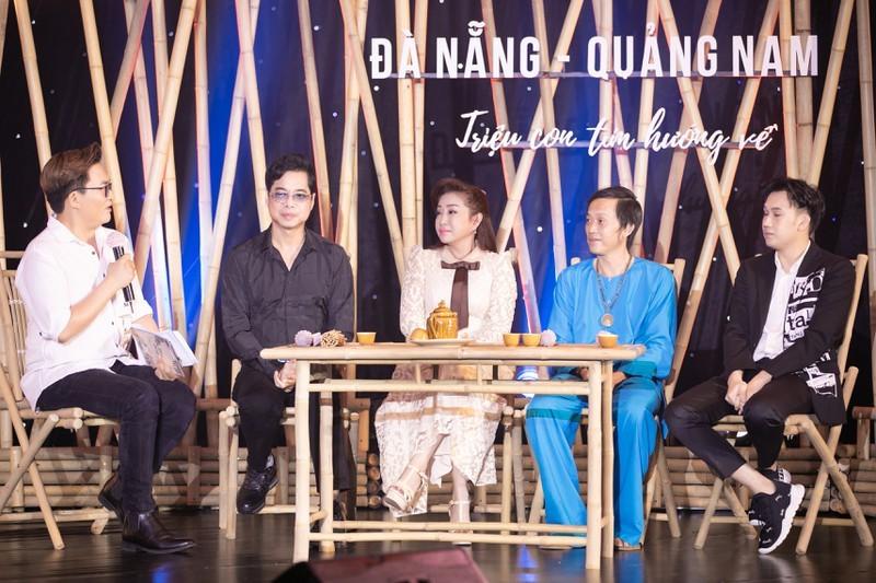 Hoài Linh bất ngờ xuất hiện sau thời gian dài vắng bóng - ảnh 3