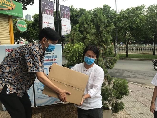 Sao Việt chung tay hướng về Đà Nẵng, Hoài Linh làm thơ  - ảnh 6