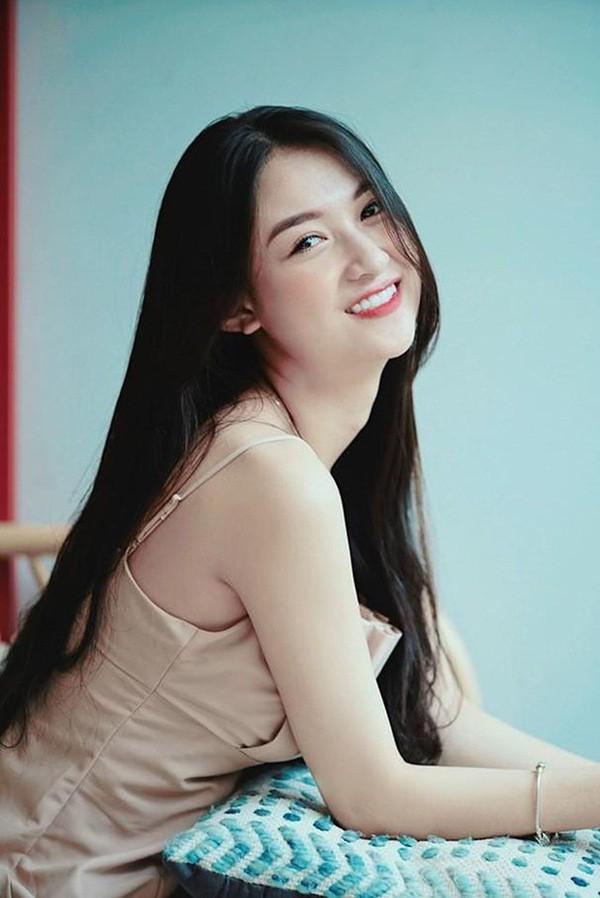 Ngắm hình ảnh diễn viên Vũ Anh Thư thi Hoa hậu Việt Nam - ảnh 11