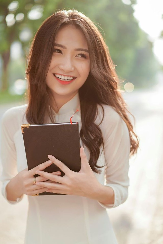 Ngắm hình ảnh diễn viên Vũ Anh Thư thi Hoa hậu Việt Nam - ảnh 13
