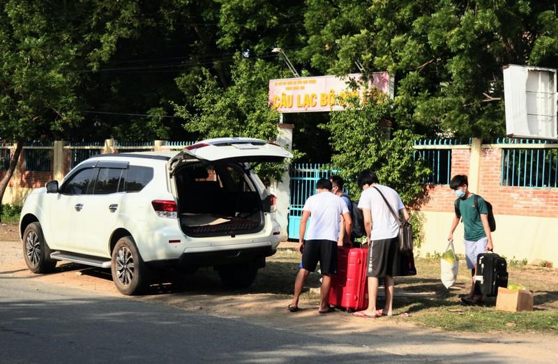 232 công dân từ Malaysia về Ninh Thuận hoàn thành cách ly - ảnh 5