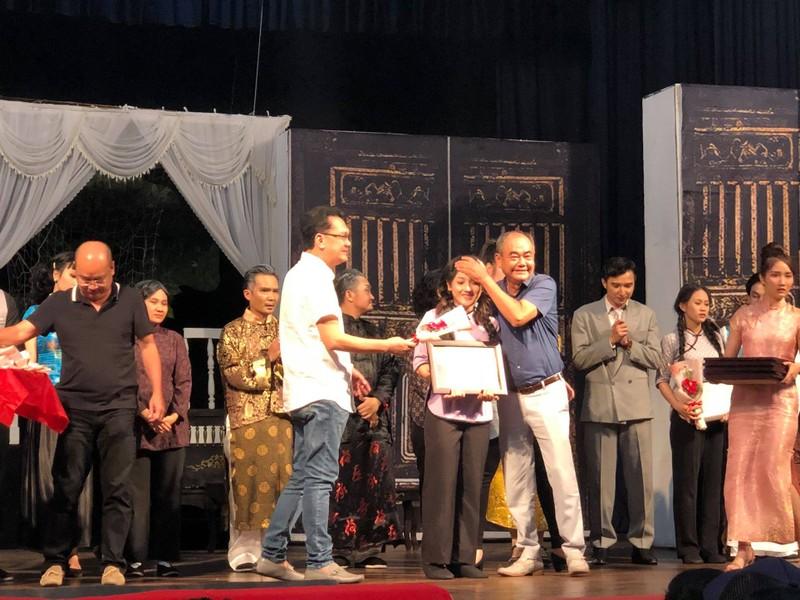 Giông Tố và nước mắt ở sân khấu kịch Hồng Vân - ảnh 4