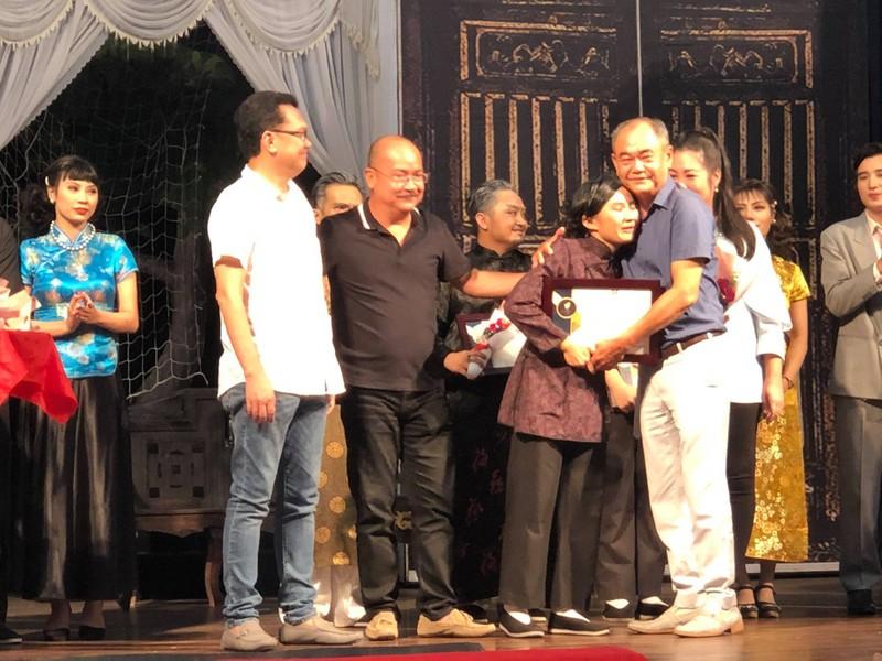 Giông Tố và nước mắt ở sân khấu kịch Hồng Vân - ảnh 3
