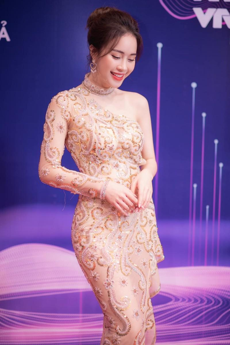 MC Mai Phương VTV bỏ thi Hoa hậu Việt Nam 2020 vì sao? - ảnh 9