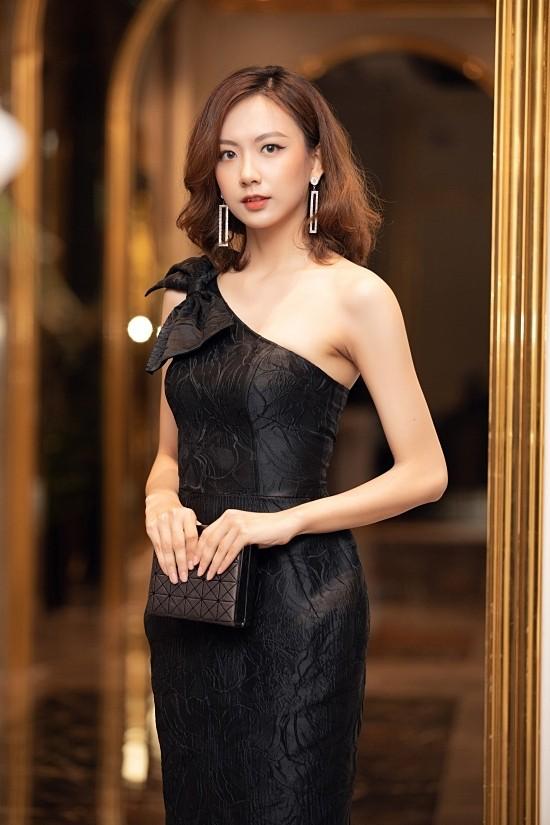 Ngắm 2 người đẹp cao nhất Hoa hậu Việt Nam 2020 - ảnh 12