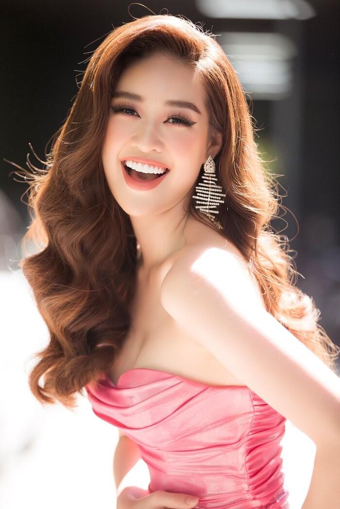 Hoa hậu Khánh Vân với bikini gợi cảm trên trang Missosology - ảnh 4