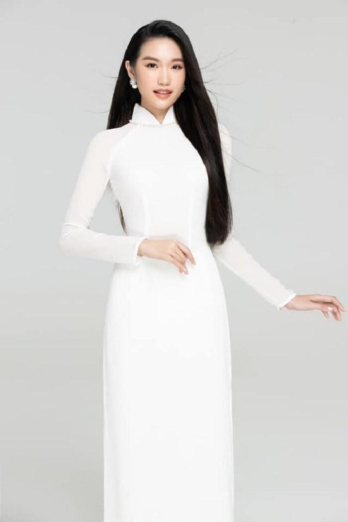 Ngắm Doãn Hải My người đẹp nghi hẹn hò Đoàn Văn Hậu - ảnh 4