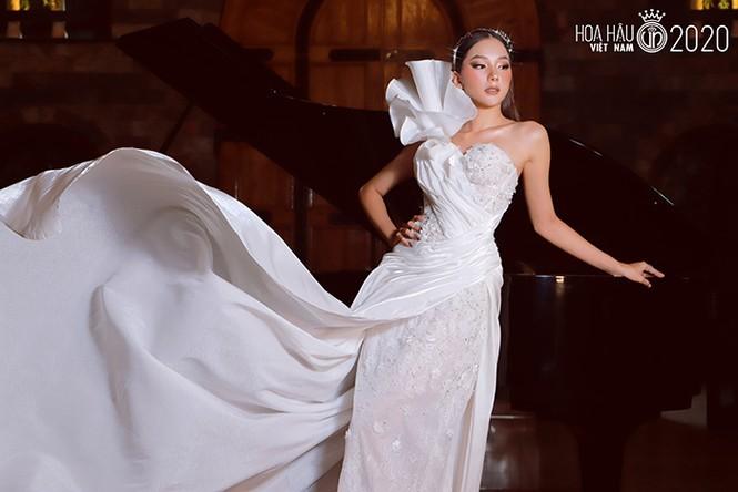 Ngắm Bích Thùy cô gái đất võ vào bán kết Hoa hậu Việt Nam 2020 - ảnh 7