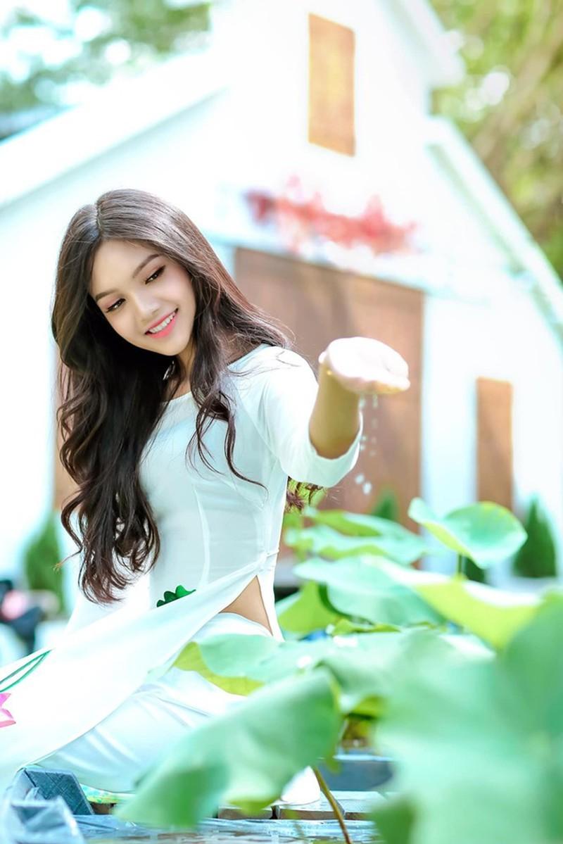 Đan Phượng - nữ sinh đại học Sân khấu Điện ảnh thi Hoa hậu - ảnh 1