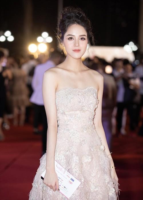 Sao Việt đổ bộ ở Bán kết Hoa hậu Việt Nam 2020 - ảnh 14