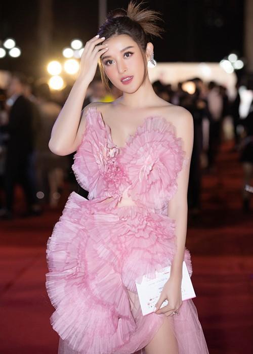 Sao Việt đổ bộ ở Bán kết Hoa hậu Việt Nam 2020 - ảnh 13