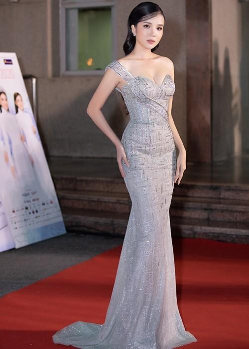 Sao Việt đổ bộ ở Bán kết Hoa hậu Việt Nam 2020 - ảnh 15