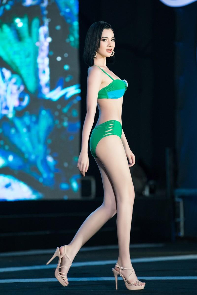 Thí sinh khoe bikini gợi cảm ở Bán kết Hoa hậu Việt Nam 2020 - ảnh 3