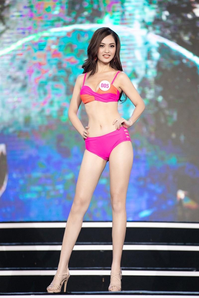 Thí sinh khoe bikini gợi cảm ở Bán kết Hoa hậu Việt Nam 2020 - ảnh 10