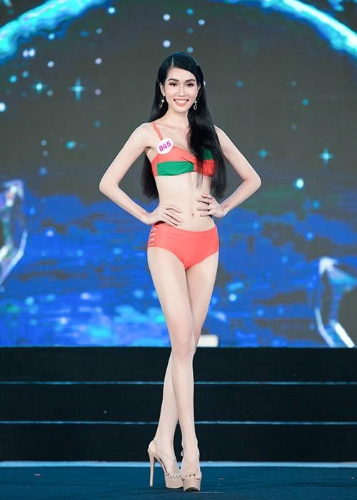 Thí sinh khoe bikini gợi cảm ở Bán kết Hoa hậu Việt Nam 2020 - ảnh 7