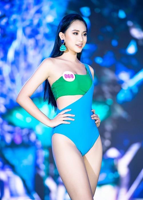 Thí sinh khoe bikini gợi cảm ở Bán kết Hoa hậu Việt Nam 2020 - ảnh 9