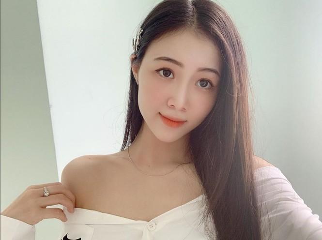 Trân Châu - thí sinh có vòng eo nhỏ nhất Hoa hậu Việt Nam 2020 - ảnh 1