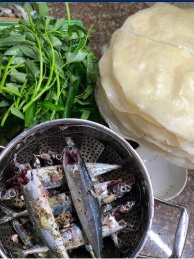 Về Quế Sơn ăn bánh tráng sắn với cá nục hấp  - ảnh 4