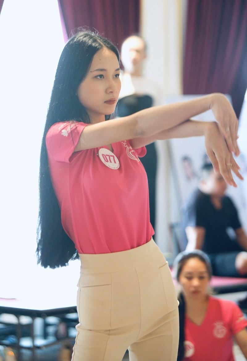 Ngắm Trúc Linh tốp 5 Người đẹp Du lịch Hoa hậu Việt Nam 2020 - ảnh 6