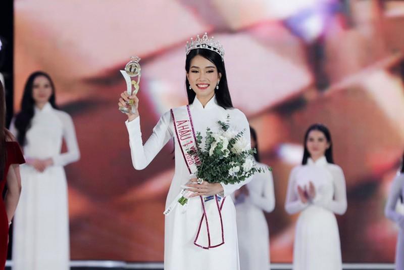 Ngắm vẻ đẹp và học vấn của Á hậu 1 Phạm Ngọc Phương Anh - ảnh 18