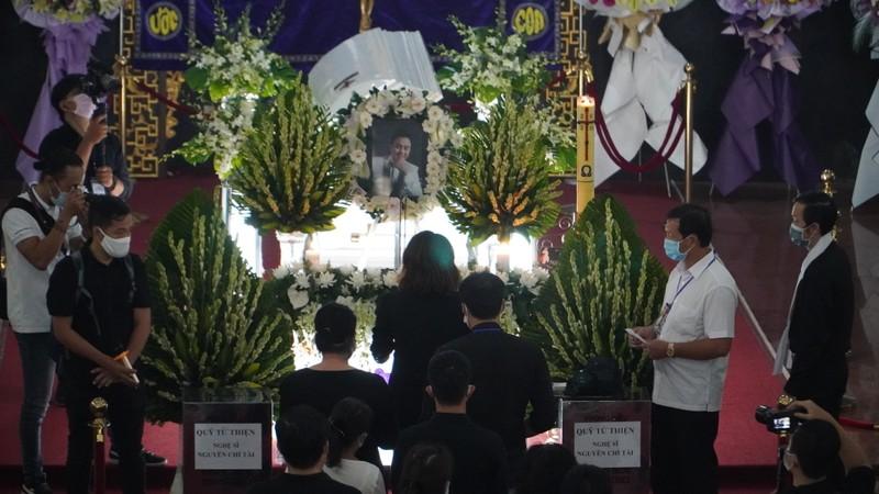 'Nhỏ ơi' và Thánh ca trong lễ tang của nghệ sĩ Chí Tài - ảnh 4