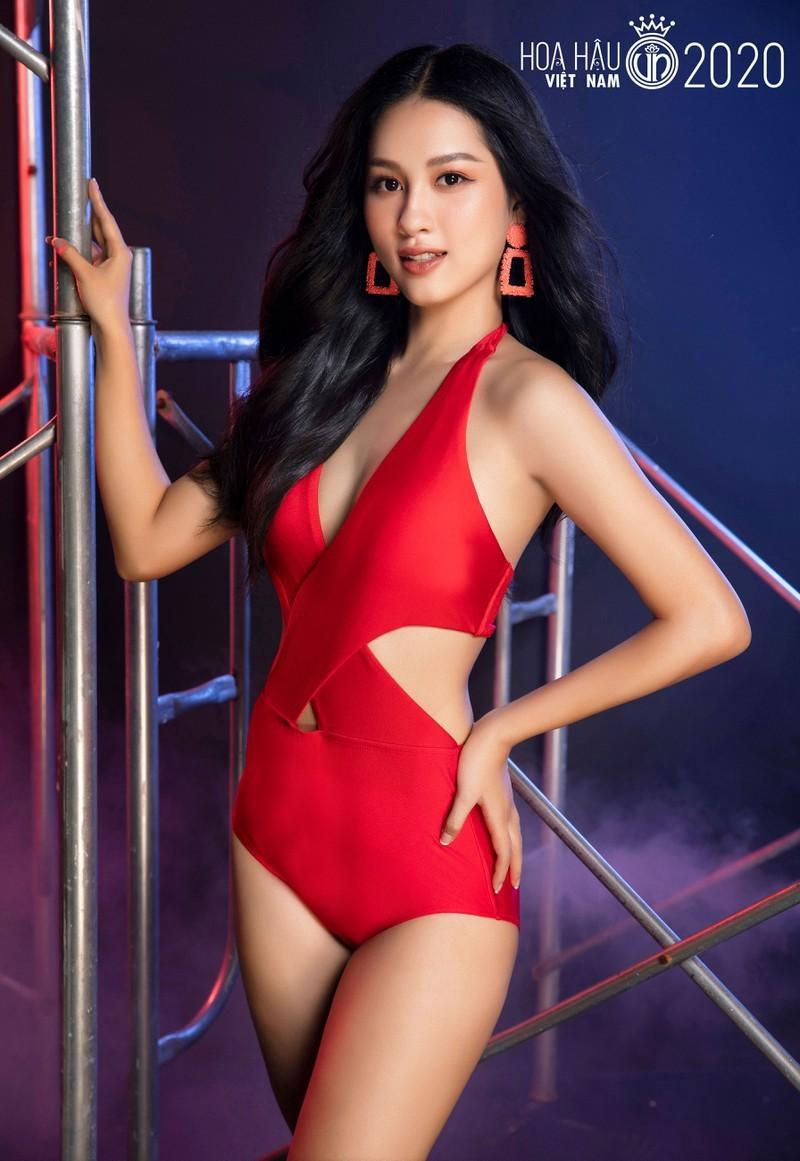 Ngắm Tường Vy tốp 5 Người đẹp Biển Hoa hậu Việt Nam 2020 - ảnh 13