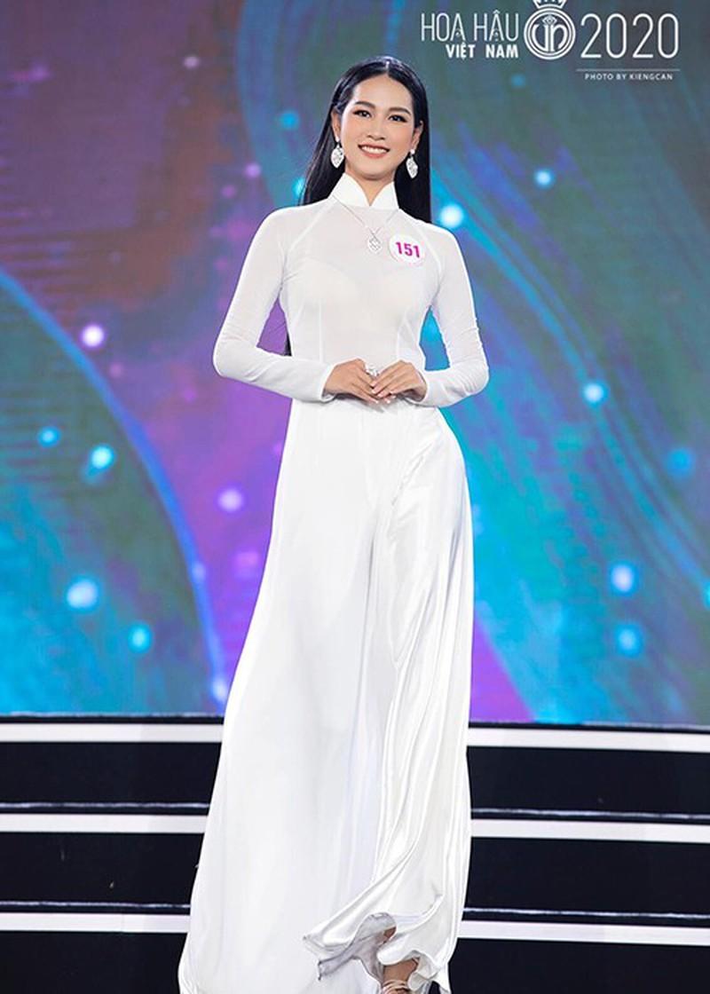 Ngắm Tường Vy tốp 5 Người đẹp Biển Hoa hậu Việt Nam 2020 - ảnh 5