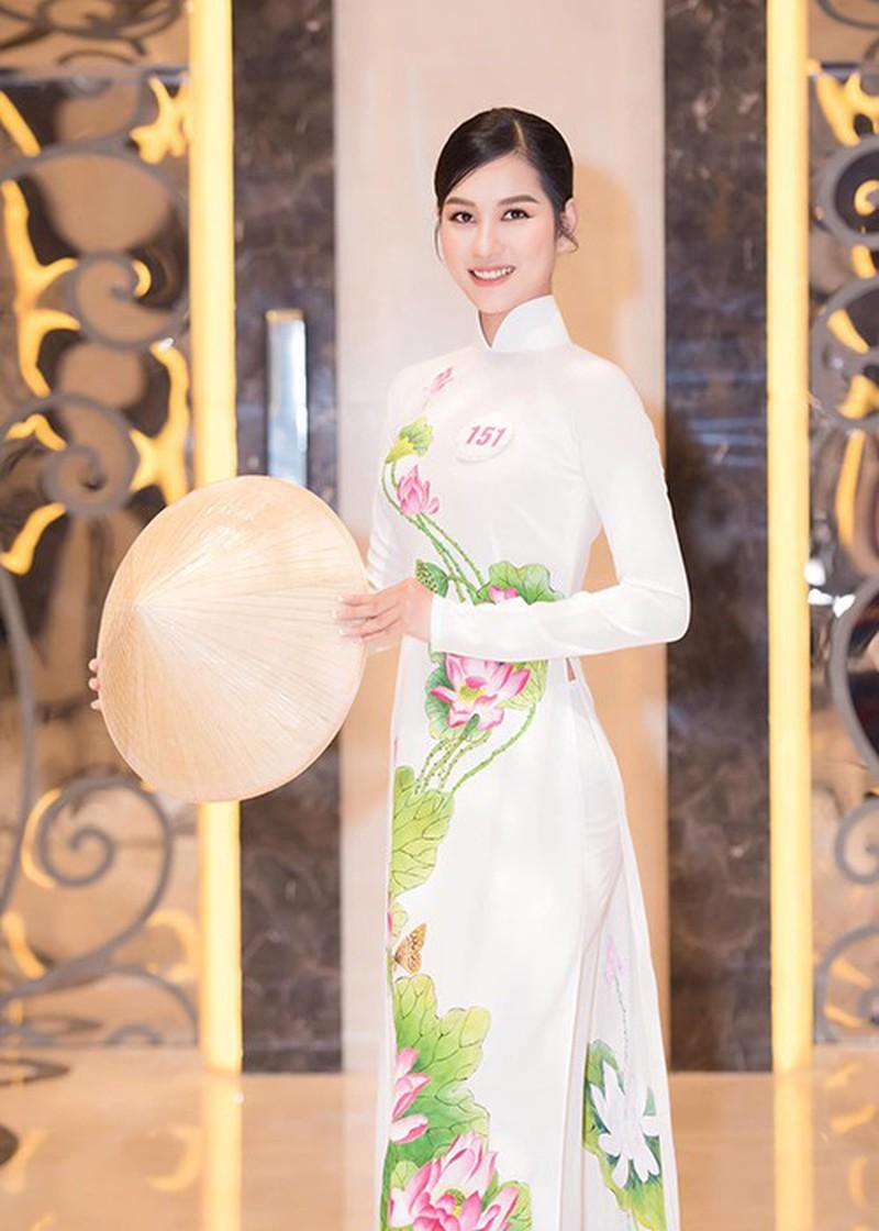 Ngắm Tường Vy tốp 5 Người đẹp Biển Hoa hậu Việt Nam 2020 - ảnh 12