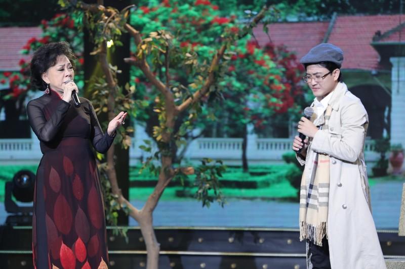 Ca sĩ Bích Ly hát 'Khúc Thụy Du' cùng danh ca Bảo Yến - ảnh 5