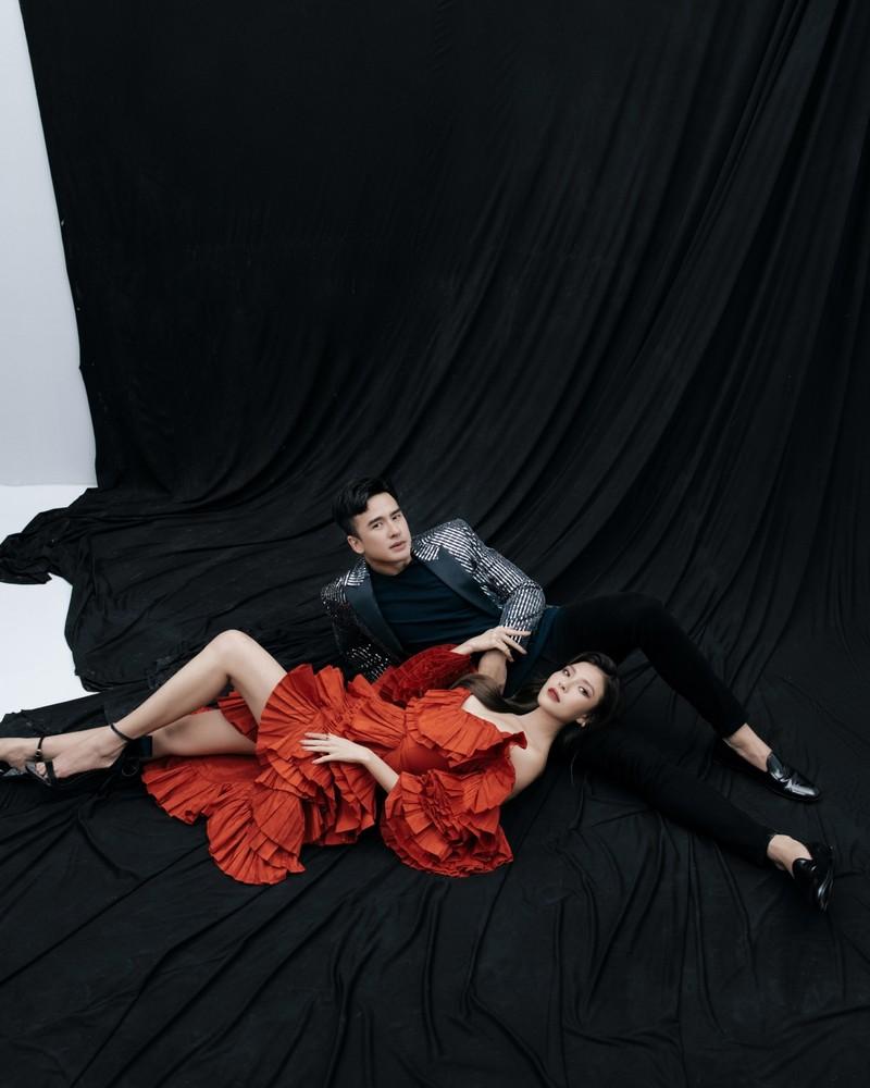 Lương Thế Thành-Thúy Diễm tung bộ ảnh kỷ niệm 5 năm ngày cưới - ảnh 4