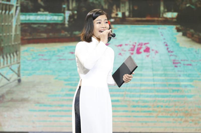 4 bản sao Thái Thanh-Khánh Ly khiến Trấn Thành xúc động - ảnh 3