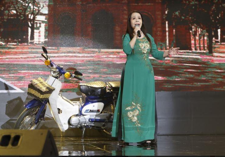 Trấn Thành giả giọng Khánh Ly hát cùng 1 thí sinh đặc biệt - ảnh 5