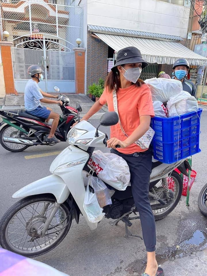 NSƯT Trịnh Kim Chi cùng sao Việt hỗ trợ người dân, y bác sĩ mùa dịch - ảnh 4
