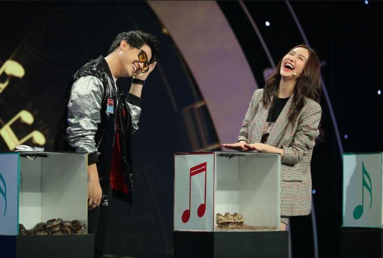 Kha Ly cùng đồng đội 'dập nát hoa hồng' đội hoa hậu Hà Thu tại Đại chiến âm nhạc - ảnh 4