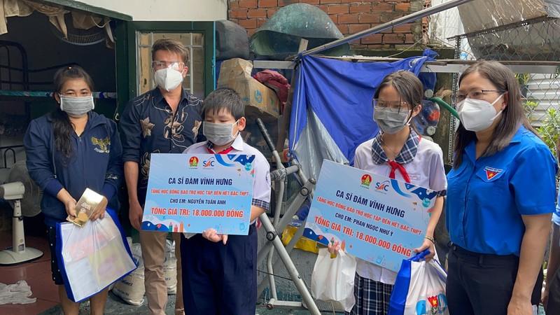 H'Hen Niê, Nguyễn Văn Chung, Đàm Vĩnh Hưng hỗ trợ trẻ em mùa dịch - ảnh 4