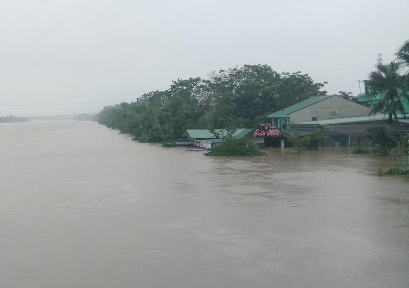 Thừa Thiên-Huế: 1 người bị nước lũ cuốn mất tích - ảnh 1
