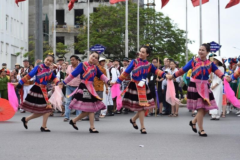 Chùm ảnh: Say mê với lễ hội đường phố 'Sắc màu văn hóa' - ảnh 15