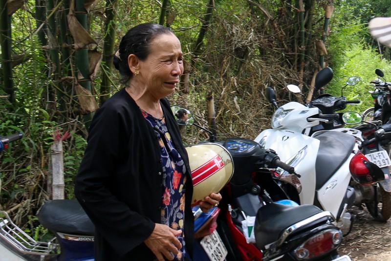 Đám tang nhói lòng 12 người trong họ vụ xe rước dâu gặp nạn - ảnh 4
